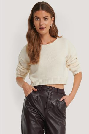 NA-KD Dame Gensere - Cropped Round Neck Knitted Sweater