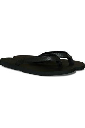 The Resort Co Saffiano Leather Flip-Flop Black/Black