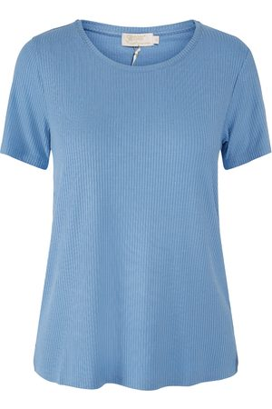 Steeam Top fancy ribbed