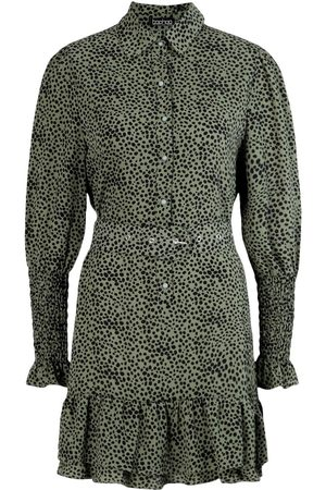 Boohoo Dame Hverdagskjoler - Spot Print Frill Hem Belted Shirt Dress