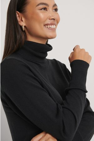 NA-KD Merino Wool High Neck Sweater