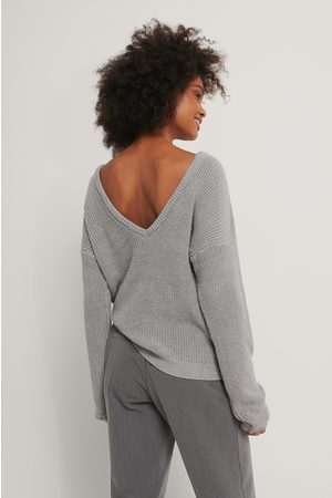 NA-KD Dame Gensere - Knitted Deep V-neck Sweater