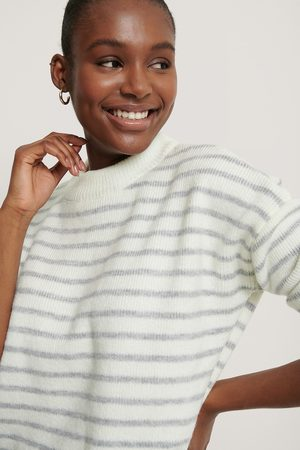 NA-KD Dame Gensere - Striped Round Neck Knitted Sweater
