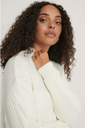 NA-KD Oversized Cable Knitted Sweater