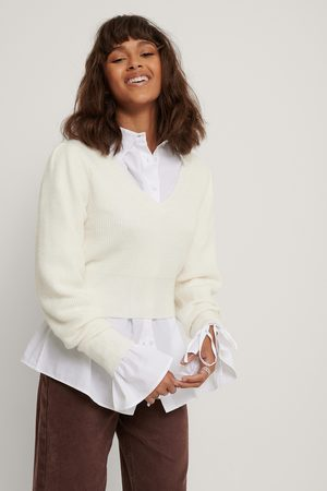 NA-KD Puff Sleeve V-neck Knitted Sweater