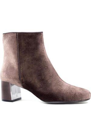 Lola Cruz Pink ankle boots