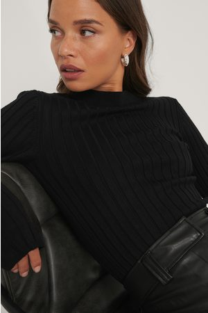 NA-KD Ribbed High Neck Knitted Sweater