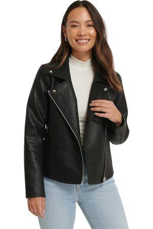 NA-KD Dame Skinnjakker - Short Back Biker Jacket