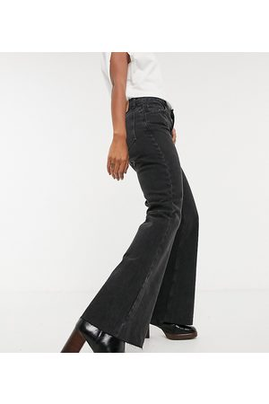 Reclaimed Vintage Inspired The '86 super wide flare jean in washed black