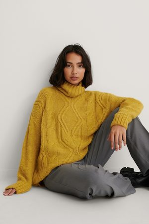 NA-KD Cable Knit Polo Sweater