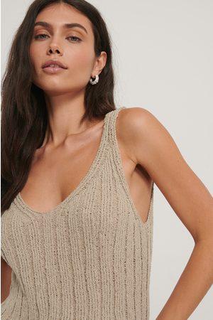 NA-KD Dame Singleter - V-neck Ribbed Knitted Singlet