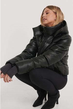 NA-KD Dame Skinnjakker - Drawstring Padded PU Jacket