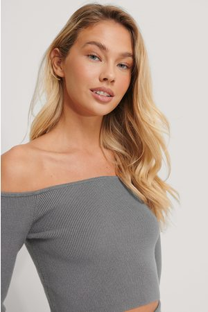 NA-KD Off Shoulder Knitted Top