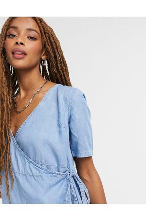 ASOS Dame Hverdagskjoler - Soft denim wrap smock dress in blue