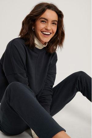 NA-KD Dame Hettegensere - Raw Edge Cropped Sweater