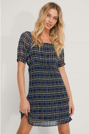 NA-KD Dame Foldeskjørt - Pleated Skirt Uniform Dress