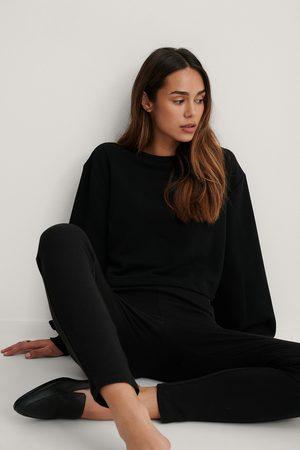 NA-KD Dame Sweatshirts - Organic Volume Sleeve Cropped Sweatshirt