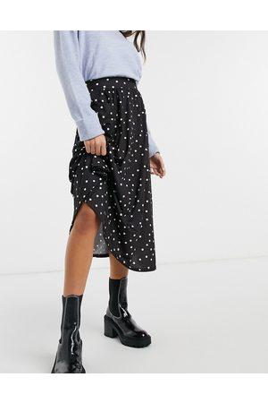ASOS DESIGN Midi skirt with pockets in mono spot print-Multi