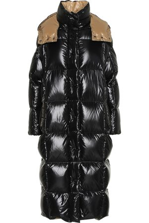 Moncler Parnaiba down coat