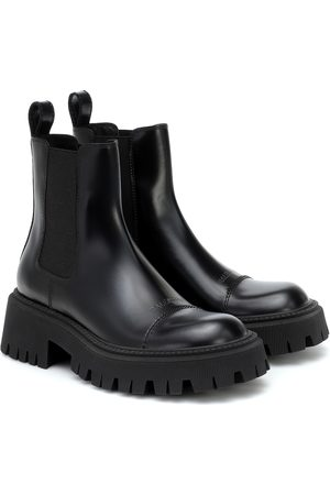 Balenciaga Leather Chelsea boots