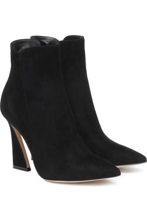 Gianvito Rossi Aura 105 suede ankle boots