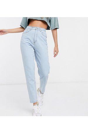 Wednesday's Girl Dame High waist - High waist straight leg jeans in light wash-Blue