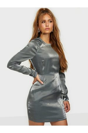 NLY Trend Shiny Puffy Sleeve Dress