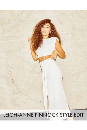 ASOS Shoulder pad tee in winter white rib co-ord