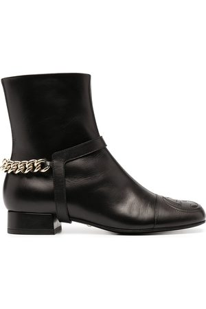 Gucci Dame Skoletter - Chain-trim leather ankle boots