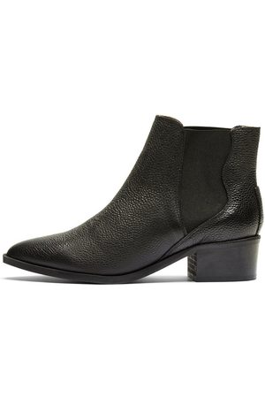 Selected Point toe - Leather boots