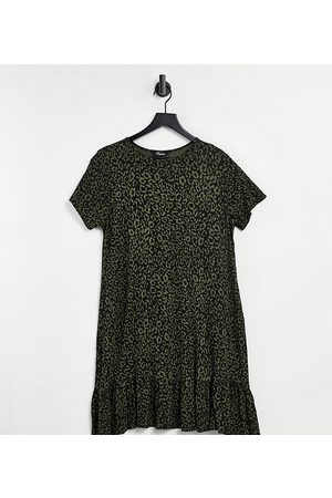 Yours Tiered smock dress in khaki leopard print-Green