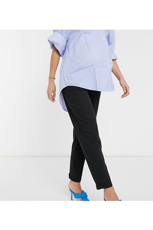 ASOS ASOS DESIGN Maternity chino trousers in black with under the bump waistband