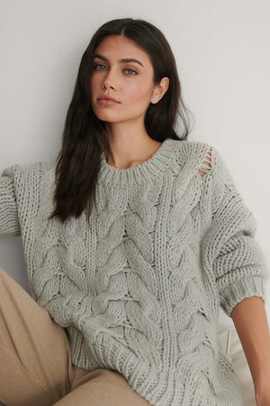 NA-KD Round Neck Heavy Knitted Cable Sweater