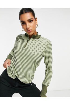 Nike Longsleeve top in green