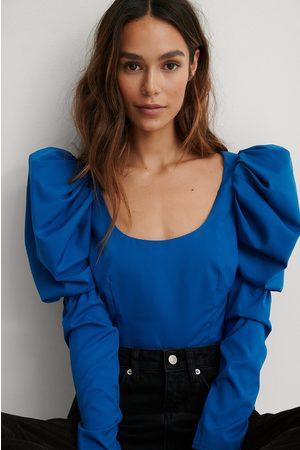 Lizzy x NA-KD Dame Kortermede - Bluse