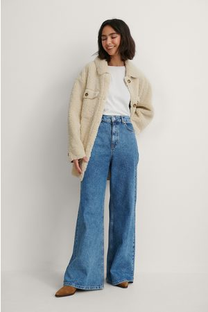 NA-KD Resirkulerte Jeans Med Supervide Ben