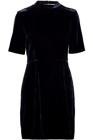 GANT Dame Korte kjoler - D2. Fitted Velvet Dress Kort Kjole