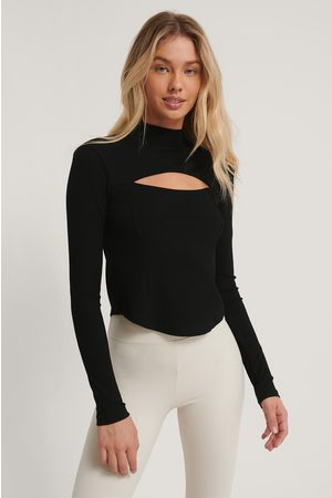 NA-KD Cut Out Chest Detail Top