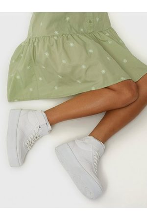 NLY Shoes High Top Classic Trainer