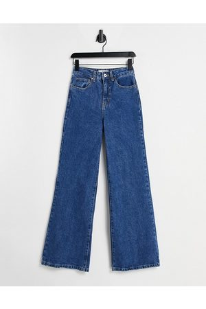 Cotton On Dame Wide Leg - Wide leg jeans in mid wash blue