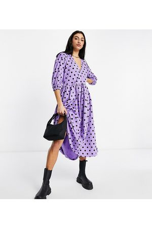 ASOS ASOS DESIGN Tall midi smock dress with wrap top in purple and black spot