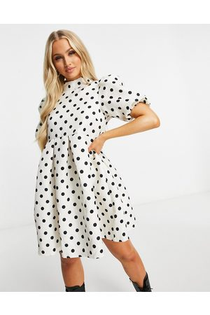 Missguided Dress with puff sleeves in cream jacquard spot