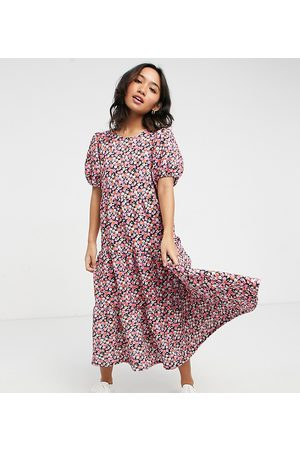 ASOS ASOS DESIGN Petite midi tiered smock dress in pink floral print
