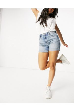 Weekday Dame Shorts - Lo Shorts in Week Blue