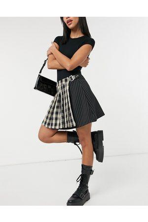 Stradivarius Pleated tennis skirt in check-Multi