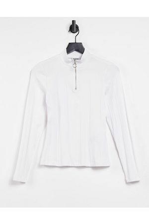 Noisy May Long sleeve t-shirt with half zip in white