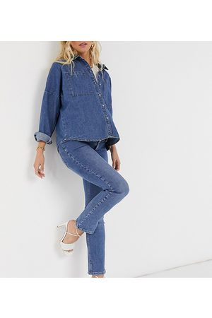 ASOS ASOS DESIGN Maternity high rise 'sassy' cigarette jeans in authentic midwash with elasticated side waistband-Blue