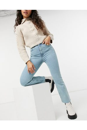 ASOS High rise stretch 'effortless' cropped kick flare jeans in pretty lightwash-Blue