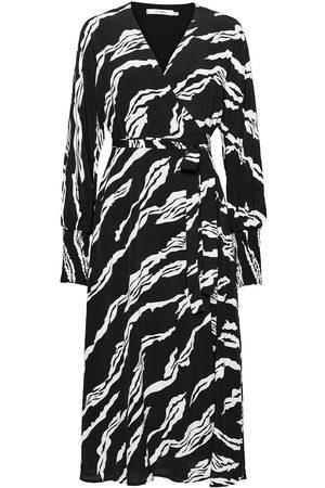 Gestuz Zohagz Wrap Dress Ms21 Knelang Kjole