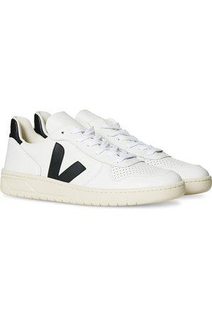 Veja Herre Sneakers - V-10 Leather Sneaker Extra White/Black